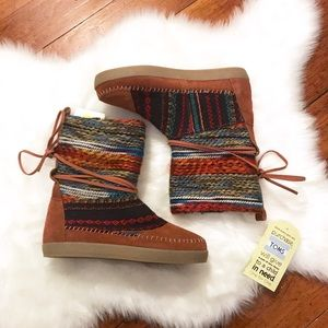 NWT Toms Multi Colored Nepal Boot Sz 5